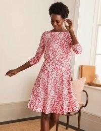 BODEN Nellie Jersey Dress / red floral flippy skirt dresses