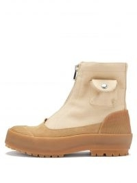 JW ANDERSON Beige patch-pocket zipped canvas duck boots ~ chunky front zip-up utility style boot