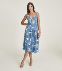 REISS NOAH PRINTED BUTTON THROUGH MIDI DRESS BLUE / classic style summer dresses