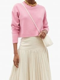 VALENTINO Pink boxy round-neck cashmere sweater | luxe crop hem sweaters