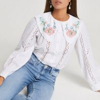 RIVER ISLAND White long sleeve floral embroidered blouse / oversized collar blouses