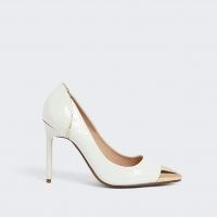 RIVER ISLAND White toe cap court shoe / high heel courts