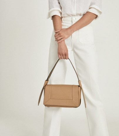 REISS ALMA LEATHER SHOULDER BAG TAN – light brown flap bags