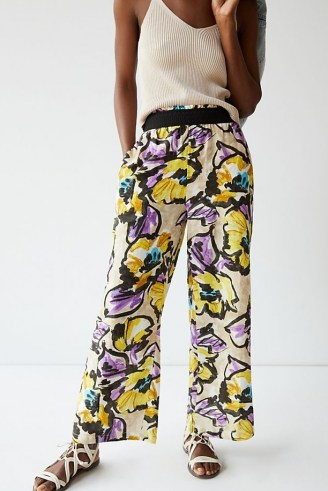 Maeve Pull-On Wide-Leg Trousers Purple Motif / bold floral print pants - flipped