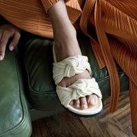 DEAR FRANCES TYE SLIDE | luxe double knot slides