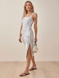 REFORMATION Dale Linen Dress in Porcelain | open-back fitted-bodice side slit dresses