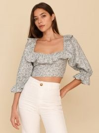 REFORMATION Edgewater Linen Top / floral ruffled crop tops