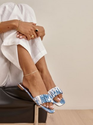 REFORMATION Marcella Ruched Flat Slide in Olympia / blue and white floral print sliders - flipped