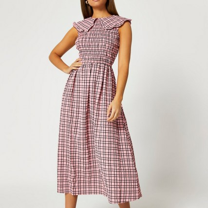 RIVER ISLAND Pink oversized collar gingham midi dress ~ sleevless check print dresses ~ shirred bodice - flipped