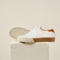 DEAR FRANCES SEEK TRAINER, WHITE | leather upper low top trainers