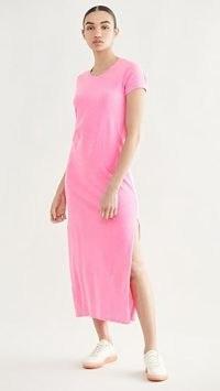 SUNDRY Short Sleeve Maxi Dress Pigment Neon Pink