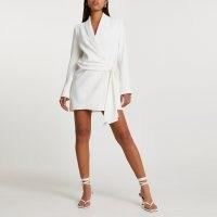 RIVER ISLAND White soft belted blazer dress ~ glamorous tie waist jacket dresses