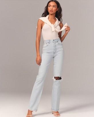 Abercrombie 90s Ultra High Rise Straight Jeans – Vintage Stretch Denim