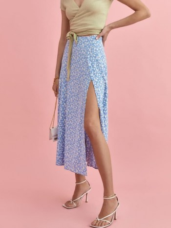 Karlie Kloss light blue floral skirt, Reformation Zoe Skirt Marie, out in Miami, 11 May 2021   celebrity street style skirts USA   models off duty - flipped