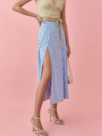 Karlie Kloss light blue floral skirt, Reformation Zoe Skirt Marie, out in Miami, 11 May 2021   celebrity street style skirts USA   models off duty