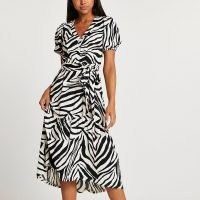 RIVER ISLAND Beige belted zebra print midi dress / animal print short sleeve tie waist dresses