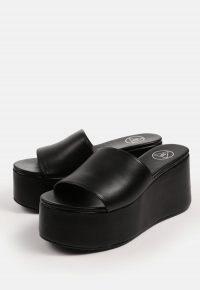 MISSGUIDED black platform mules / women's chunky summer platforms