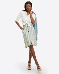 Draper James Button Front Skirt in Striped Denim | front button summer skirts