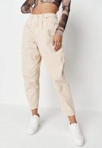 Missguided ecru carrot leg jeans | light tone denim