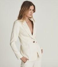 REISS EMBER TAILORED SINGLE BREASTED BLAZER CREAM / women's chic summer blazers