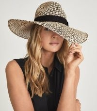 REISS JESSICA STAR WEAVE PANAMA HAT NEUTRAL / womens chic accessories / women's wide brim summer hats / beachwear / poolside cover