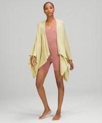 lululemon Open Mind Wrap / womens loungewear blankets / yoga cover up / women's exercise wraps