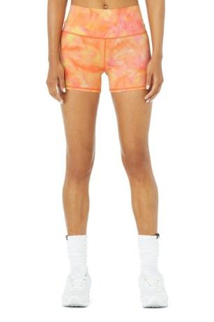 Kendall Jenner orange shorts worn on Instagram Story, 5 July 2021, Alo Yoga AIRBRUSH HIGH-WAIST SUMMER SUNSET DYE SHORT in Apricot Sunset | celebrity social media fashion | reality star style | models off duty