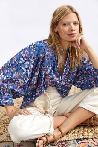 Maeve Puff-Sleeved Buttondown Shirt Blue Motif / spot print balloon sleeve shirts / splatter prints - flipped