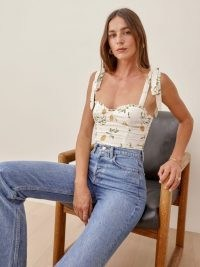 REFORMATION Blanca Top in Citron / fruit print fitted bodice tops / sweetheart neckline fashion / lemon prints