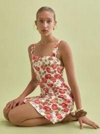 REFORMATION Brigitte Linen Dress in Tomatoes