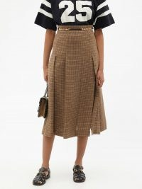 GUCCI Pleated checked linen midi skirt in brown | check print skirts