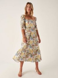 REFORMATION Cyprus Dress in Countryside / feminine floral dresses