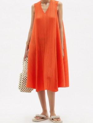 PLEATS PLEASE ISSEY MIYAKE Technical-pleated orange trapeze dress / sleeveless flowing fabric dresses / poolside fashion / beachwear / beach bar cover up