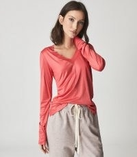 REISS SELENA JERSEY V-NECK TOP CORAL ~ women's essential long sleeve tops
