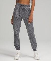 lululemon Stretch High-Rise Jogger Full Length / womens cuffed hem drawstring waist joggers / women's jogging bottoms / sports clothing