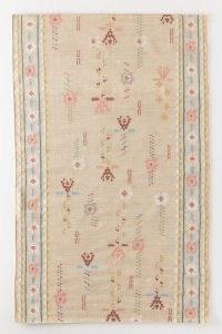 ANTHROPOLOGIE Flatwoven Elsa Rug ~ floral ethnic style rugs ~ boho homeware ~ bohemian floor coverings