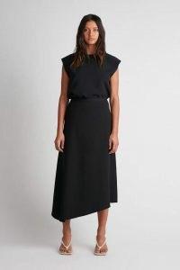 CAMILLA AND MARC Aberdeen Skirt in black ~ chic asymmetric skirts ~ womens stylish minimalist fashion