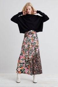Kachel Georgia Printed Midi Skirt Black Motif / mixed floral print skirts