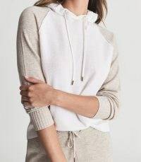 REISS BELLA WOOL CASHMERE BLEND HOODIE WHITE/NATURAL / sports luxe hoodies / womens luxurious colour block hooded tops
