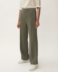 JIGSAW CREPE WIDE LEG JOGGER GREEN / womens relaxed jogging bottoms / women's longe trousers / loungewear / casual fashion