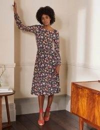 Boden Evelyn Jersey Midi Dress / navy blue floral dresses