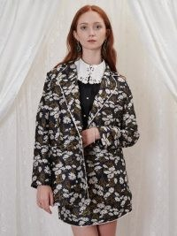 sister jane Mabel Jacquard Blazer – luxe style floral blazers – daisy print jackets