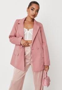 MISSGUIDED petite pink oversized longline blazer – blazers in feminine colours – fashionable petite size jackets
