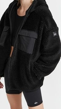 Alo Yoga Cargo Sherpa Jacket in Black – textured sports style jackets