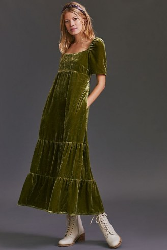 Anthropologie Velvet Empire Waist Midi Dress Green – luxe style short sleeve soft feel dresses