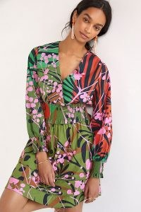 Roopa Pemmaraju Abstract Smocked Surplice Blouse Tunic Green Motif – mixed print smock waist blouses