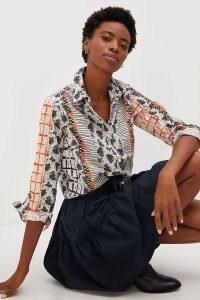 Maeve Colloquial Buttondown Shirt Grey Motif – womens mixed print shirts