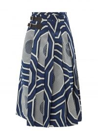 CHARLES JEFFREY LOVERBOY Hak geometric-jacquard kilt skirt – bold blue geo print buckle fasten skirts