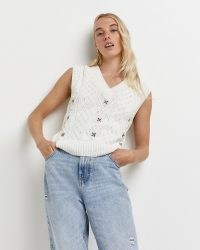 River Island Cream embroidered cable knit vest   womens V-neck sweater vests   floral knitted tank tops   women's fashionable knitwear