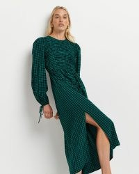 RIVER ISLAND Green gingham shirred midi dress ~ checked tie cuff split hem dresses